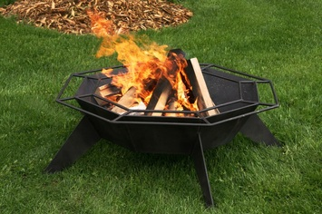 Black Octagonal Backyard Fire Pit