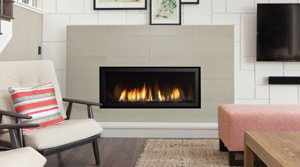 regency horizon HZ40E gas fireplace in a modern home