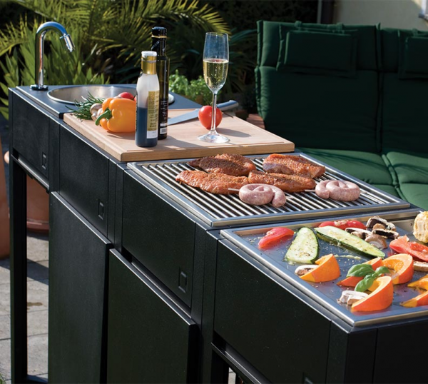 One Q BBq & Modular Grill Outdoor Set